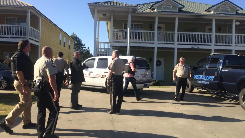 Lee County Sheriff's Office arrests suspect outside Lee Village in